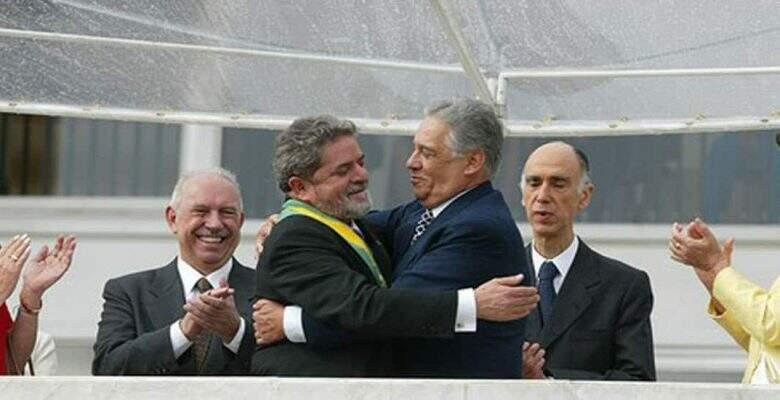 FHC transmite faixa a Lula.3